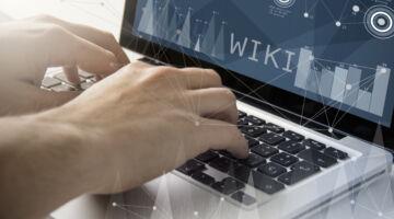 wiki techie working